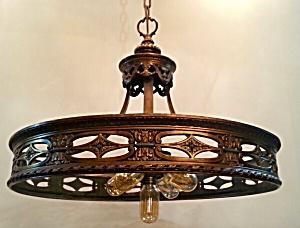 VINTAGE  HANGING LIGHT (Image1)