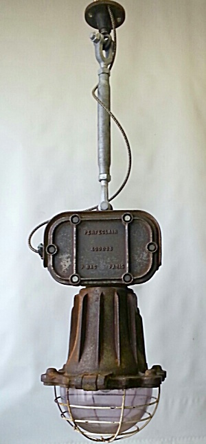 INDUSTRIAL HANGING LIGHTS  X 6 (Image1)