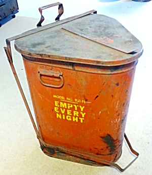 TRASH CAN FOR OILY RAGS  (Image1)