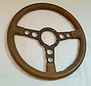 OLD STEERING WHEEL (Image1)