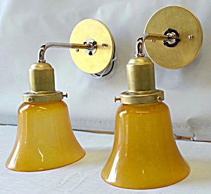 Classic wall sconces (Image1)