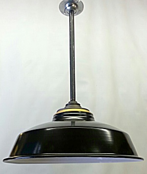 large industrial pendant light (Image1)