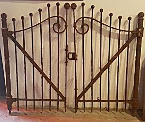 GARDEN GATES (Image1)