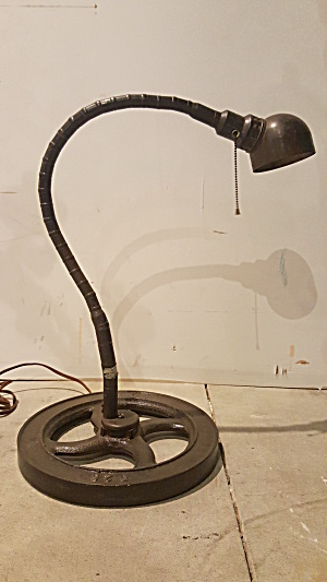 GOOSENECK MACHINIST LAMP (Image1)