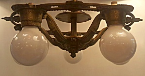 Flush bare bulb light (Image1)