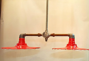 INDUSTRIAL HANGING LIGHT (Image1)