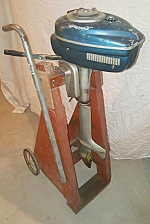 BOAT MOTOR (Image1)