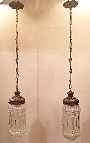 Pendant lights... pair (Image1)