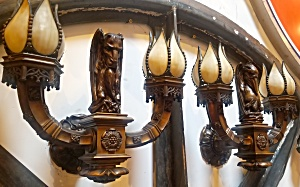 MONUMENTAL BRONZE WALL SCONCES (Image1)