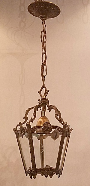Hall pendant light w/star cut glass (Image1)