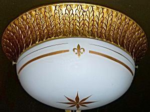 Vintage hall light fixture w/ fler de lis (Image1)