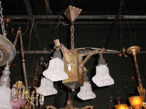 ANTIQUE arts/crafts hanging light (Image1)