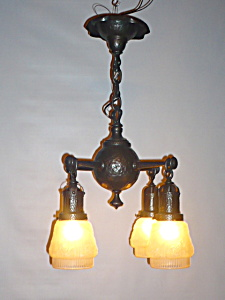 ARTS AND CRAFTS HANGING LIGHT (Image1)