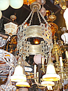 ANTIQUE arts and crafts light (Image1)
