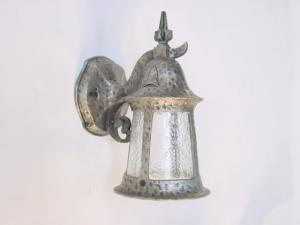 exterior sconce (Image1)