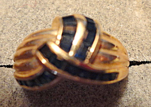 Sapphire and Gold Ring (Image1)