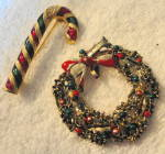 Click here to enlarge image and see more about item 2501: Wreath and Candy Cand Pin/Pendant