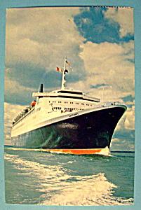 Cunard Queen Elizabeth Ship Postcard (Image1)