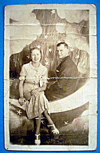 Man & Woman On The Moon-Riverview Park Picture Postcard (Image1)