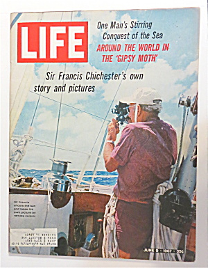 Life Magazine June 9, 1967 Gipsy Moth With Sir Francis