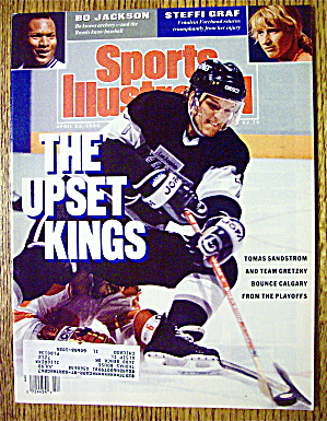 Sports Illustrated Magazine April 23, 1990 Upset Kings (Image1)