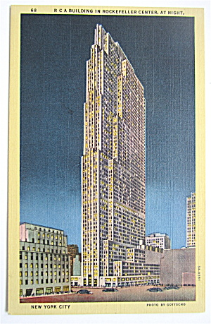 R.C.A Building In Rockefeller Center, At Night Postcard (Image1)