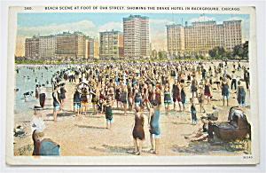Beach Scene At Foot Of Oak Street Postcard (Chicago) (Image1)