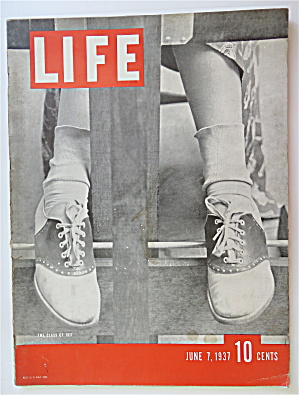 Life Magazine-june 7, 1937-the Class Of 1937