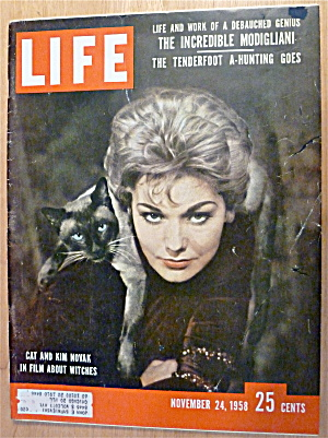 Life Magazine-november 24, 1958-kim Novak