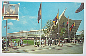 General Motors Building, New York Fair Postcard