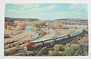 Santa Fe Streamliner Traveling Through Chicago & L.A. (Image1)