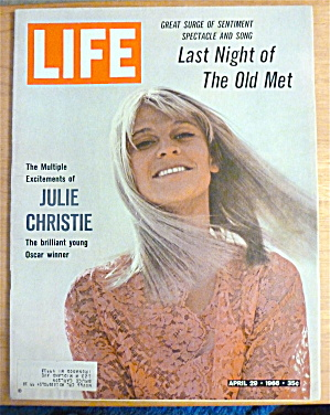 Life Magazine-april 29, 1966-julie Christie