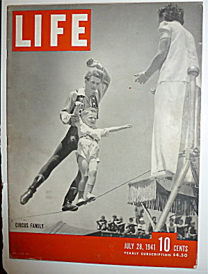 Life Magazine-july 28, 1941-circus Family