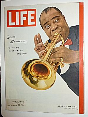 Life Magazine-April 15, 1966-Louis Armstrong  (Image1)