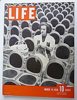 Life Magazine March 14, 1938 Radio Rehearsal  (Image1)