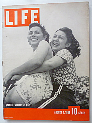 Life Magazine August 1, 1938 Garment Workers At Play (Image1)
