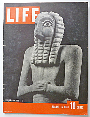 Life Magazine August 15, 1938 High Priest (3000 B.C.) (Image1)