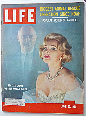 Life Magazine June 29, 1959 Zsa Zsa Gabor & Ghost  (Image1)