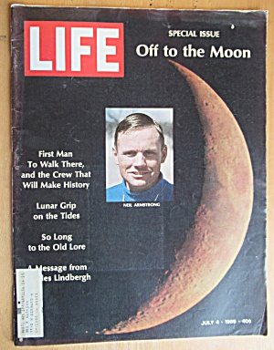 Life Magazine July 4, 1969 Off To The Moon  (Image1)