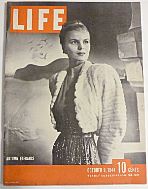Life Magazine-october 9, 1944-autumn Elegance