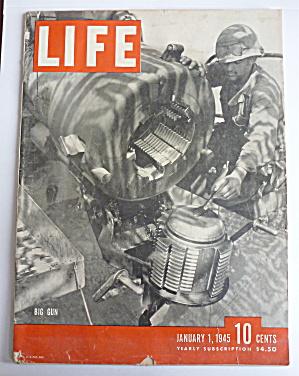 Life Magazine January 1, 1945 Big Gun  (Image1)