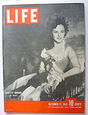 Life Magazine December 17, 1945 Paulette Goddard  (Image1)