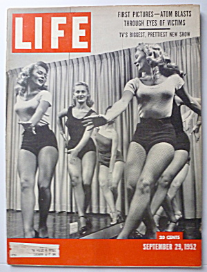 Life Magazine-september 29, 1952-atom Blasts