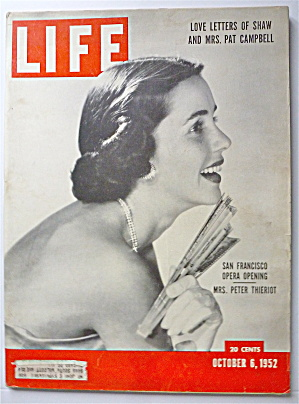 Life Magazine October 6, 1952 Mrs. Peter Thieriot