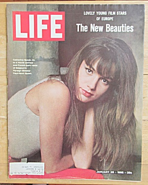 Life Magazine-january 28, 1966-catherine Speak