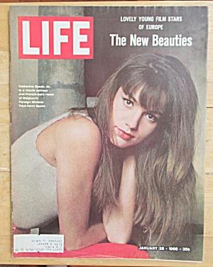 Life Magazine-January 28, 1966-Catherine Speak  (Image1)