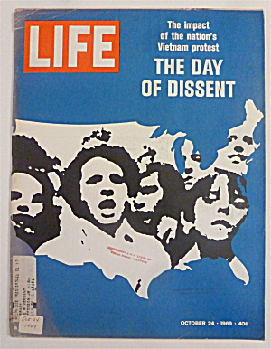 Life Magazine-October 24, 1969-The Day Of Dissent (Image1)