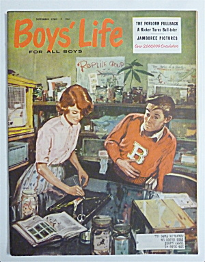 Boys Life Magazine September 1960 The Forlorn Fullback