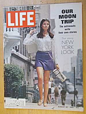Life Magazine August 22, 1969 New York Look