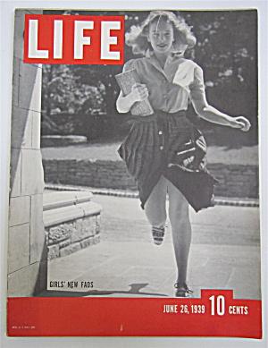 Life Magazine-June 26, 1939-Girls' New Fads (Image1)